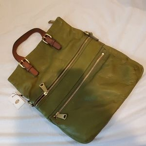 Fossil Olive green purse with tag